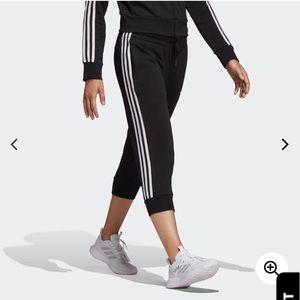 🆕 Adidas 3/4 Sweatpants